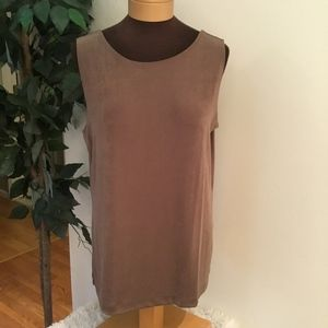 Chico travelers tank size 2 (large 12) cocoa color